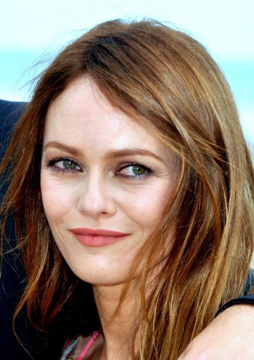 Festival de Cannes 2016 : Les coiffures de Vanessa Paradis